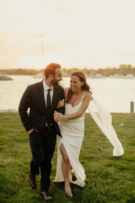 Happy things - Show me your micro wedding/elopement dresses! 11