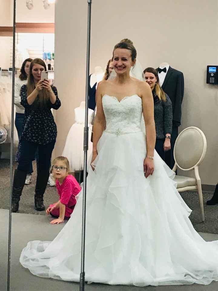 Ladies Getting Married in June- Let's See Those Dresses! 🌸❤🌸 17