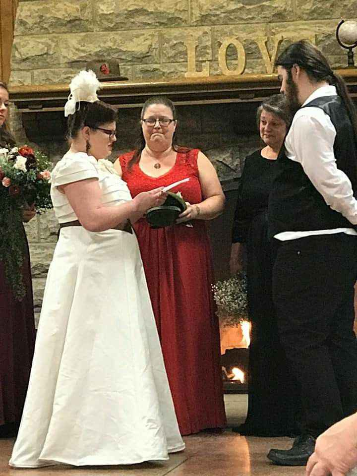 Married gals, i want to see photos of your groom's reactions - 2