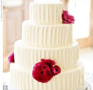 average cost of a 3 tier wedding cake average price of a two tier wedding cake weddings 10915