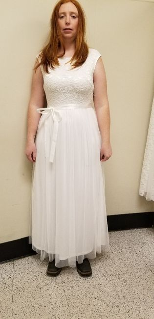 Second guessing my dress 1