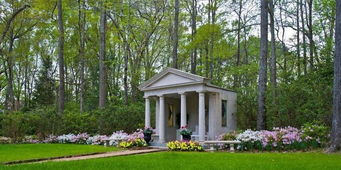 Need Opinions on Ceremony Location 4