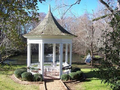 Need Opinions on Ceremony Location 9