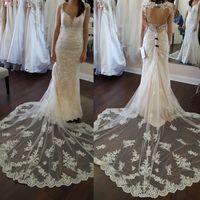 Show me your lace, please!