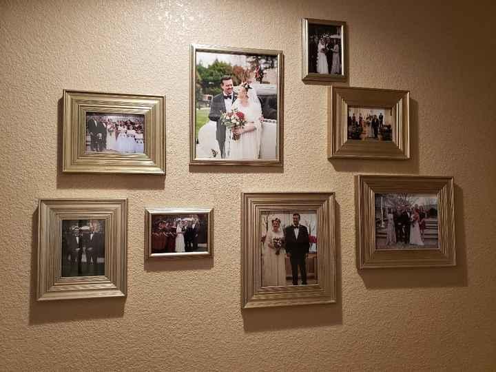 Displaying wedding photos - 1