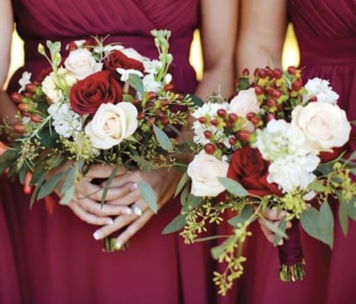 Decor Duel: Roses or Peonies? 4