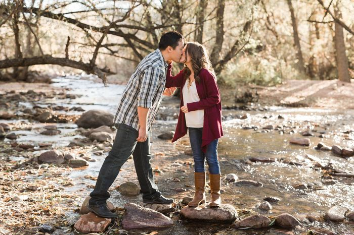 Fall Engagement Pictures Ideas 3