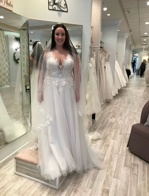 Where is the best place to sell wedding dresses? 3