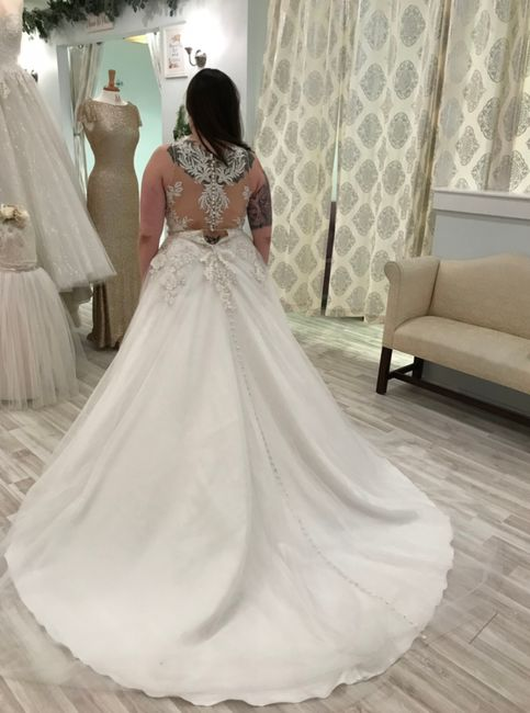 Where is the best place to sell wedding dresses? 4