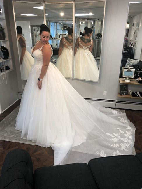 Where is the best place to sell wedding dresses? 5
