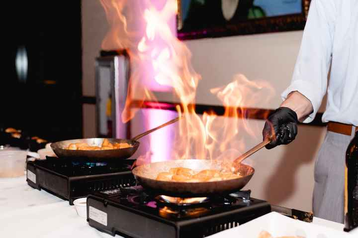 flaming donut station (cooked in rum, with ice cream)