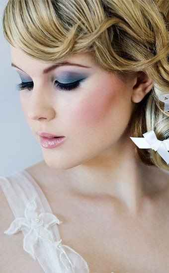 So lets talk about makeup.Wedding day makeup look.