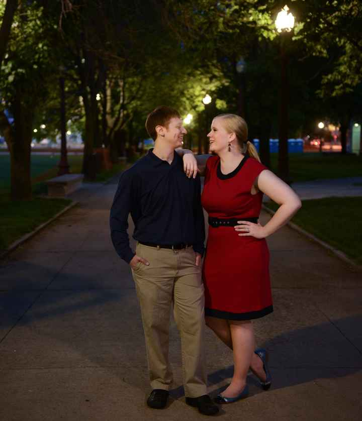 What to wear for engagement pics
