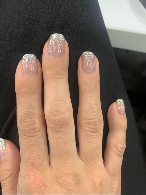 How are you doing your nails? 6