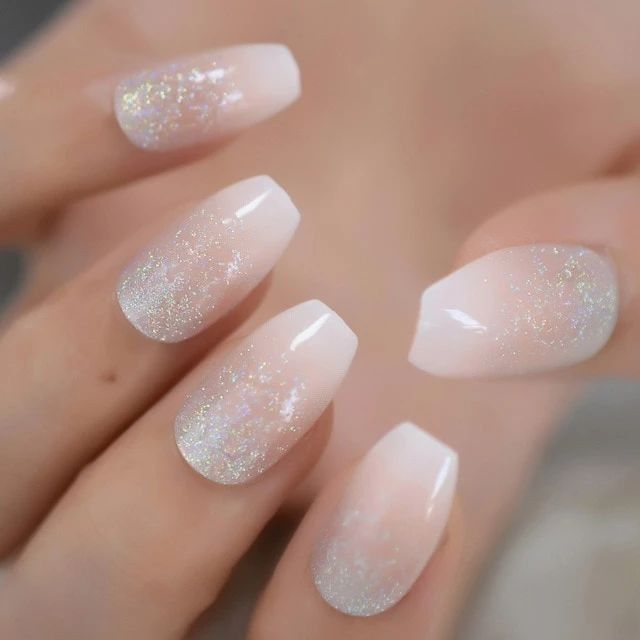 How are you doing your nails? 4