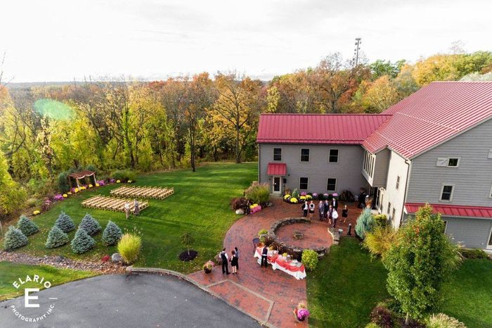 Where are you getting married? Post a picture of your venue! 31