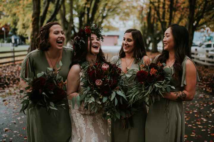 What does your bridesmaids dresses look like? - 2