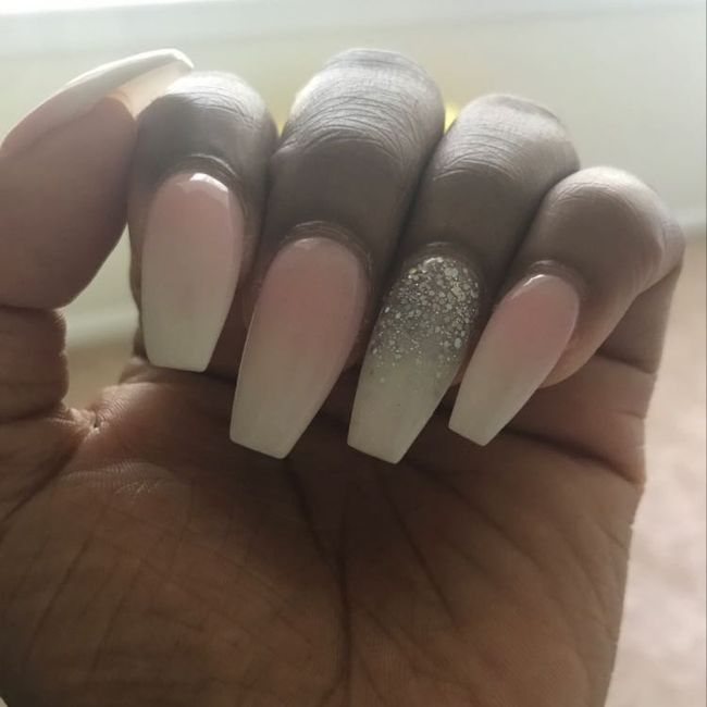 Wedding Nails: Bold or Subtle? 10