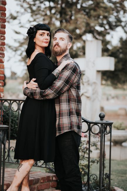 Favorite engagement pictures! 25