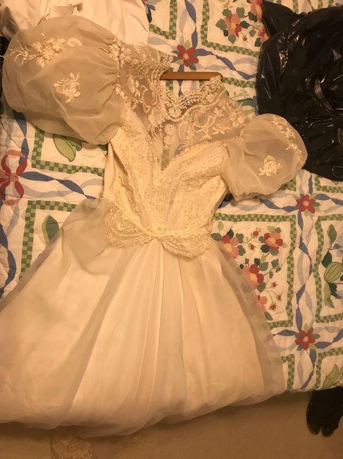 Having useless dress regret 1