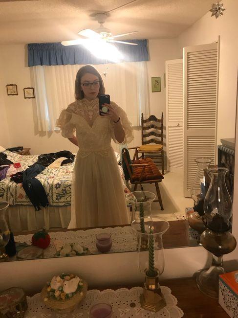 Having useless dress regret 2