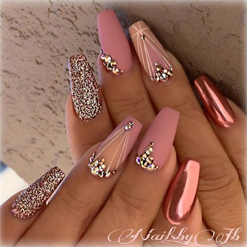 How are you doing your nails? 9
