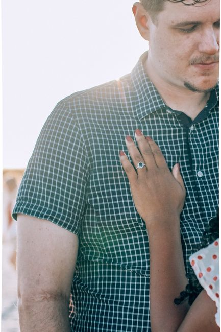 Engagement photos preview 2