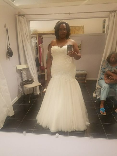 Who wants to share their gorgeous dress photos with me? - 1
