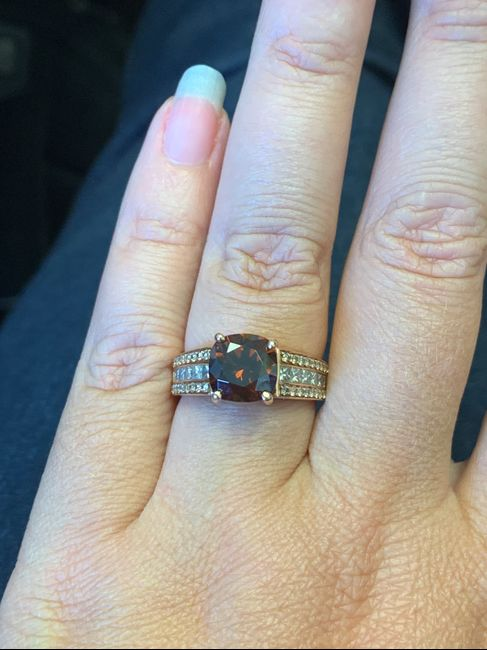 Does your engagement ring color mean anything? 5