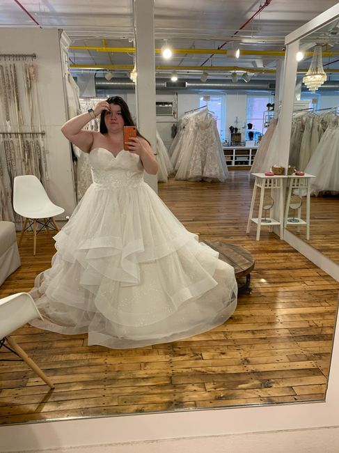 i think i found the Dress 1