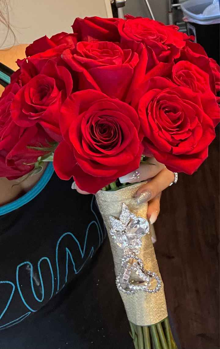 Red roses from Sams club and Costco has anyone use them lately? Would you recommend? - 2