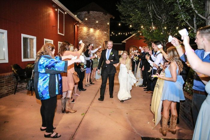 Tell me about the special touches at your wedding! 8