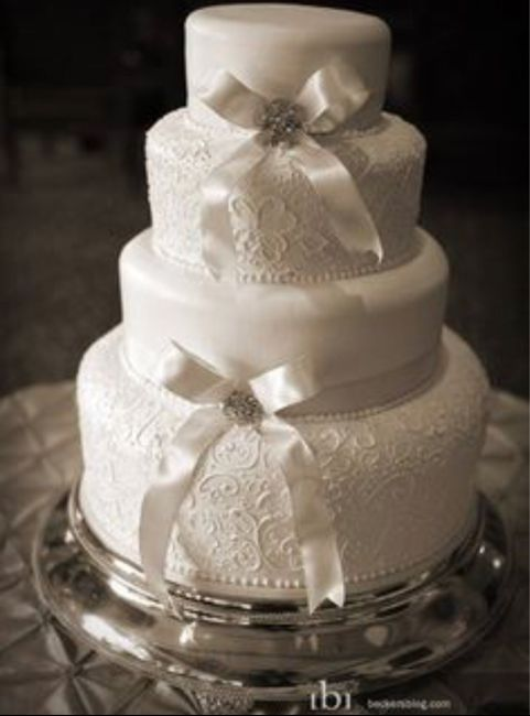 Wedding Cakes Without Flowers 1