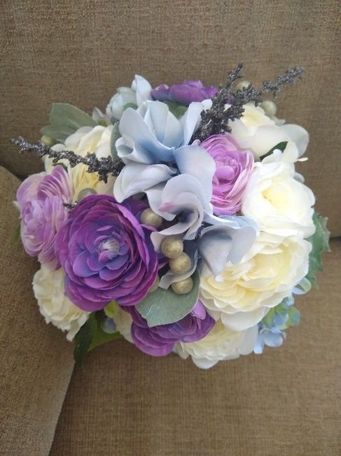 Has anyone else decided on doing their own bouquet? 6