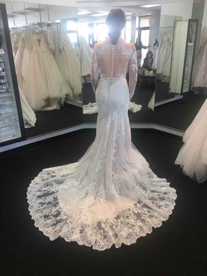 Did you pick a lace illusion sleeve dress ? Pics! - 1
