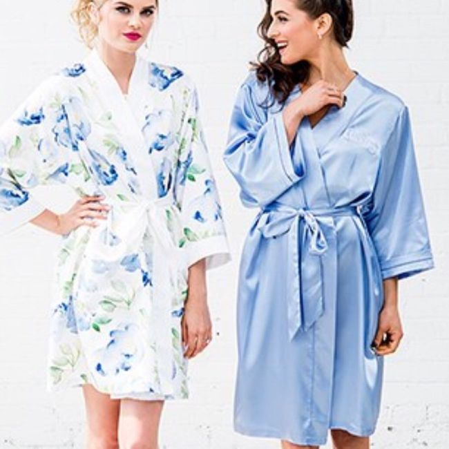 02f39f34bb Robes for bridesmaids 1