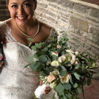 Bridal Bouquet: Color or White? - 2