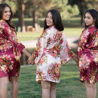 Bridesmaid robe color? In Theme or Random? - 1