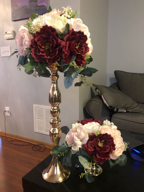 Does it look funny if the centerpieces are different colors? 11
