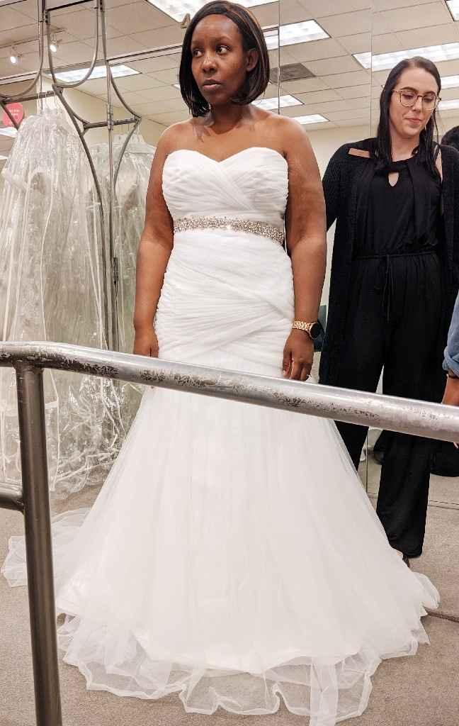 Los Angeles Brides! Budget friendly dress shopping? - 1