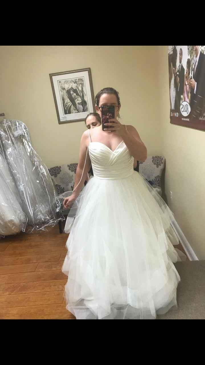 Short/petite bride, please show me your dress - 1