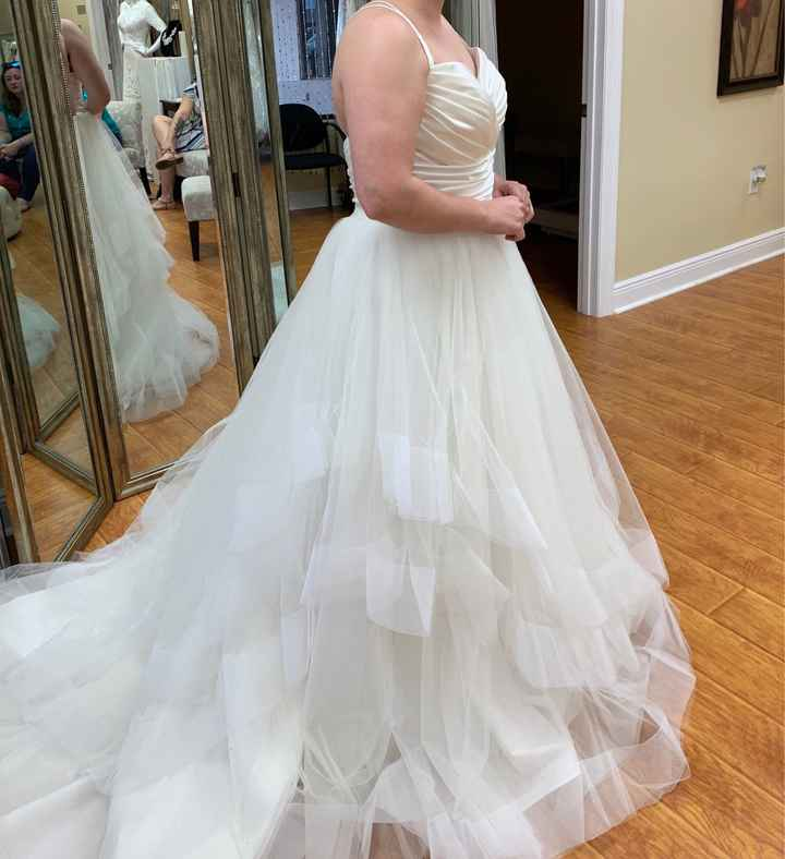 Short Brides with Ball Gown Gown Silhouette - 2