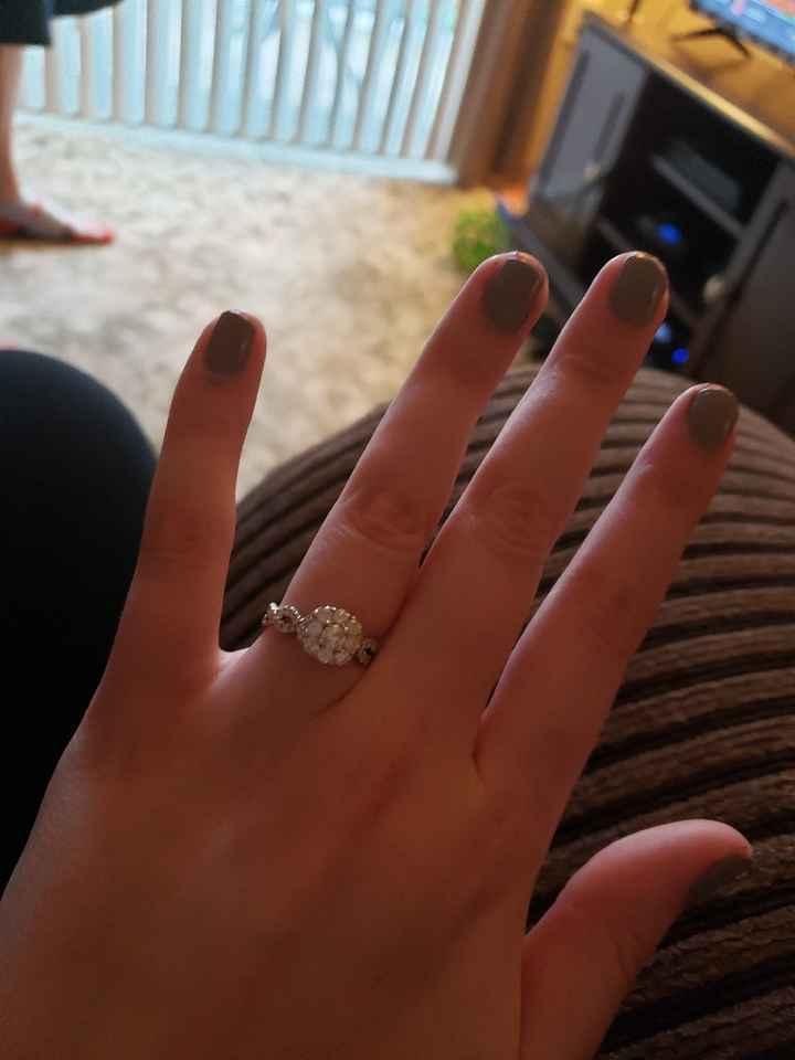 Show me your Engagement Photo nails! - 1