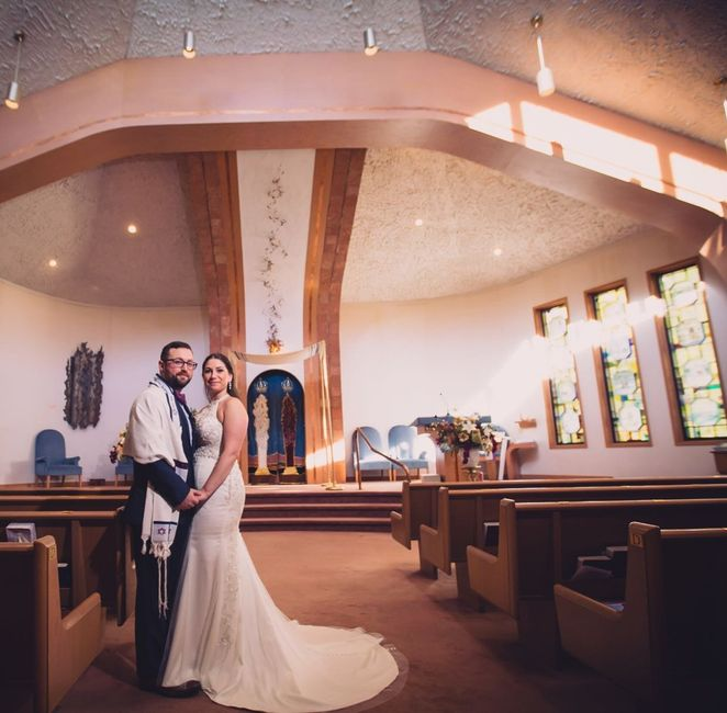 Decorating The Church Weddings Wedding Ceremony Wedding