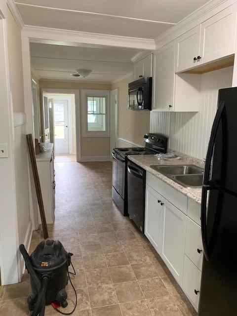 Kitchen (All new appliances)