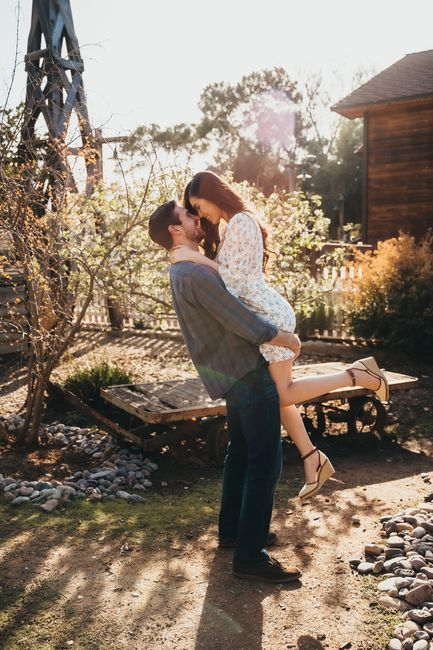 Favorite engagement pictures! 18
