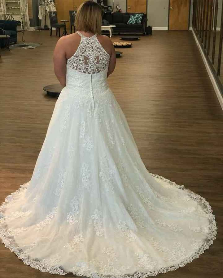 """What is the most important thing when going to try on wedding dresses or deciding on """"the one""""? - 1"""