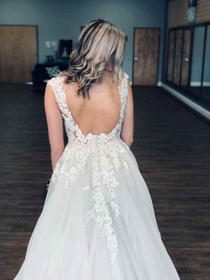 """What is the most important thing when going to try on wedding dresses or deciding on """"the one""""? - 3"""