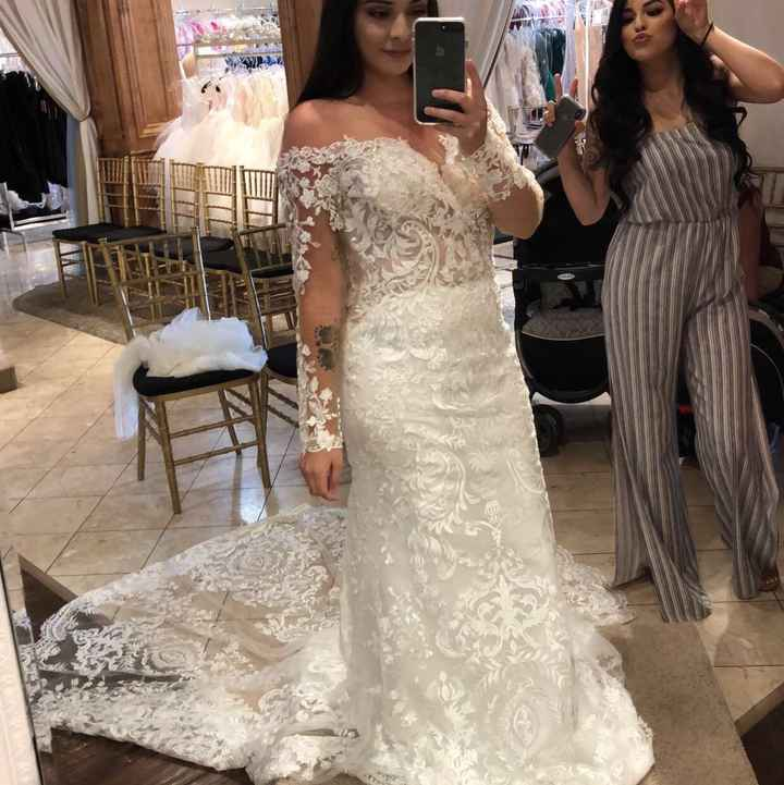 Trying on dresses! Show me your dress! - 1