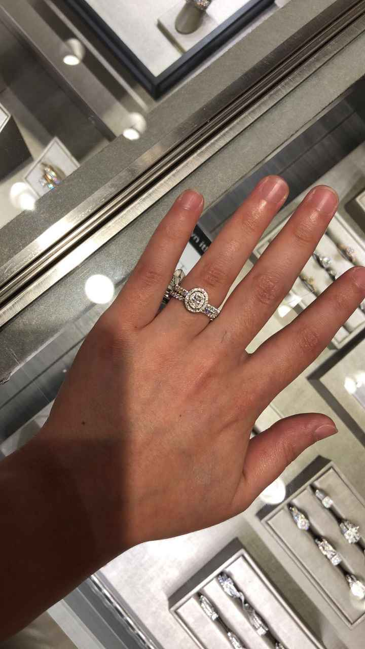 Let's see those Oval engagement rings!❤️ - 1